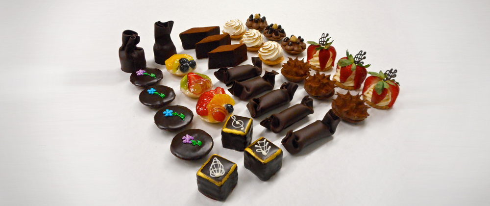 assorted_vip_pastry